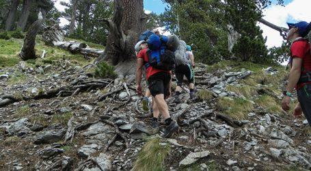 Eντοπίστηκε ορειβάτης στον Μύτικα χωρίς τις αισθήσεις του