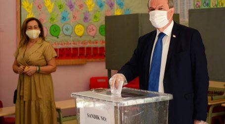 Ο εκλεκτός του Ερτογάν νικητής στις παράνομες «εκλογές» – Δεύτερος ο Ακιντζί