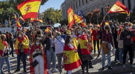 Διαδηλώσεις κατά της καραντίνας στη Μαδρίτη μετά το κάλεσμα ακροδεξιού κόμματος