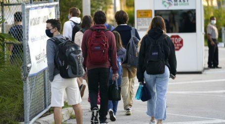 Lokcdown δύο εβδομάδων στα πανεπιστήμια στην Αγγλία εξετάζει η κυβέρνηση