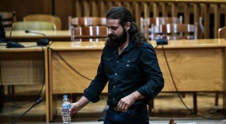 Ο πατέρας του Μπαρμπαρούση κατέθεσε ως μάρτυρας στο δικαστήριο