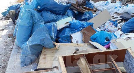 Aπέραντος σκουπιδότοπος το Αττικό Άλσος