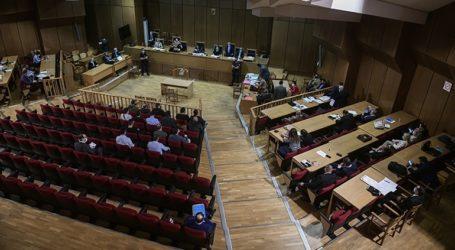 Το δικαστήριο διέκοψε για το πρωί της Τρίτης