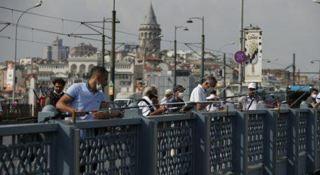 Σε επίπεδα Μαΐου τα κρούσματα κορωνοϊού στην Τουρκία