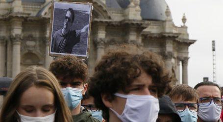 Ιμάμης δήλωσε ότι ο καθηγητής που αποκεφαλίστηκε έγινε μάρτυρας υπέρ της ελευθερίας της έκφρασης