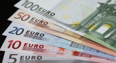Οριακή ενίσχυση του ευρώ και σήμερα