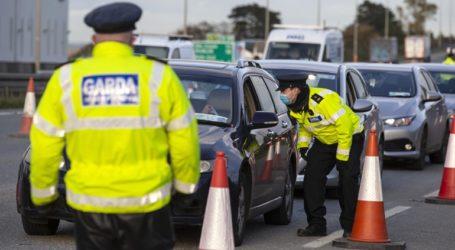 Η αστυνομία συνέλαβε 11 άτομα που διαδήλωναν εναντίον των περιοριστικών μέτρων