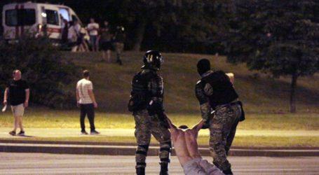 Νέα βίαια επεισόδια σε διαδήλωση στη Λευκορωσία