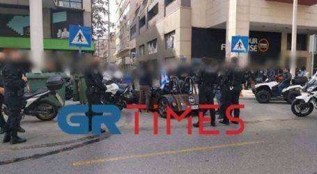 Μπλόκο της Αστυνομίας σε παρέλαση δικυκλιστών