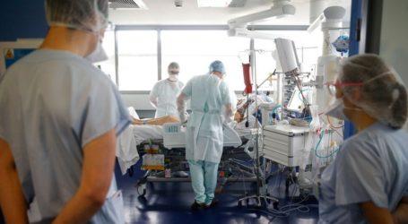 Νέο αρνητικό ρεκόρ στη Γαλλία με σχεδόν 50.000 κρούσματα Covid-19 σε 24 ώρες