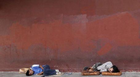 Εκατοντάδες νεόπτωχοι άστεγοι εκδιώχθηκαν από καταυλισμό