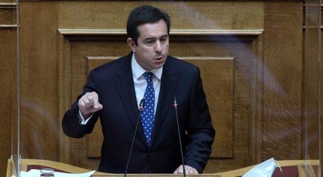 Την αυστηροποίηση της διαδικασίας ασύλου προαναγγέλλει ο υπουργός Μετανάστευσης, Νότης Μηταράκης