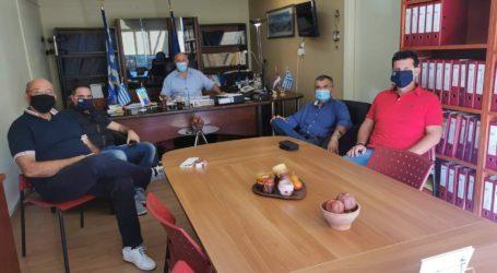 Συνάντηση Δημάρχου Ρήγα Φεραίου με εκπροσώπους της Ένωσης Πυροσβεστικών Υπαλλήλων Ν. Μαγνησίας
