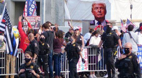 Οργή προκαλεί η βόλτα του Τραμπ