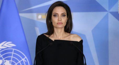Η Angelina Jolie θα κυκλοφορήσει ένα βιβλίο για τα ανθρώπινα δικαιώματα των νέων