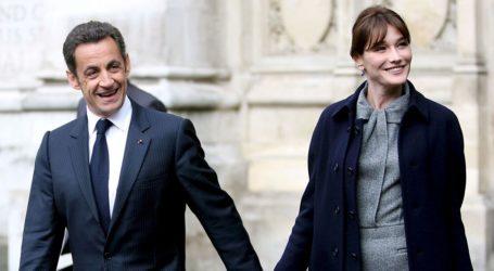 Η Carla Bruni αποκαλύπτει το μυστικό επιτυχίας του γάμου της με τον Nicola Sarkozy