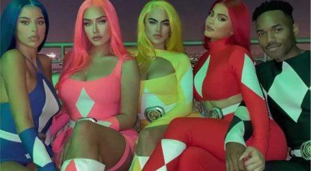 Η σέξι μεταμφίεση της Kylie Jenner για το Halloween- Ντύθηκε κόκκινη Power Ranger