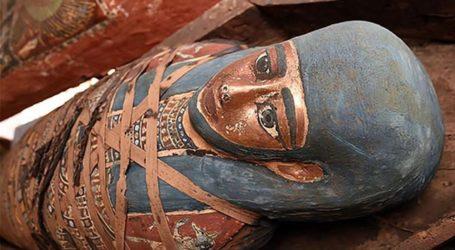 Αίγυπτος: Στο φως δεκάδες σφραγισμένες σαρκοφάγοι