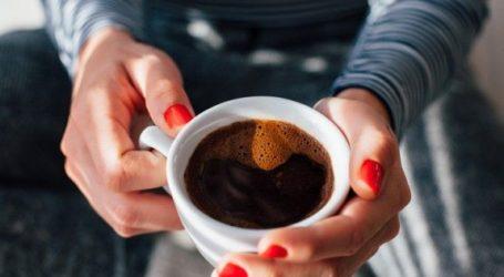 Προσοχή! Κόψε το γάλα και τη ζάχαρη από τον καφέ!