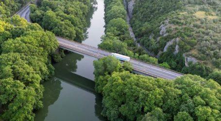 Στην κυκλοφορία τέλη του ερχόμενου Ιανουαρίου η αναβαθμισμένη γέφυρα του Πηνειού στα Τέμπη