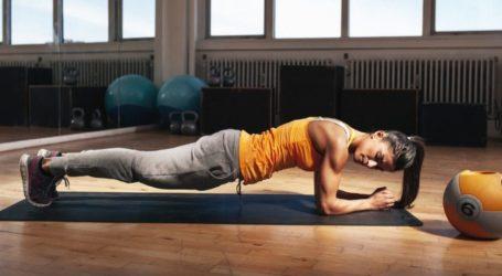Σανίδα: Τα 7 οφέλη που έχουν όσοι κάνουν καθημερινά αυτήν την άσκηση
