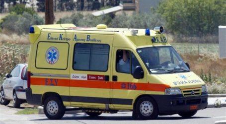ΤΩΡΑ: Κατέρρευσε γυναίκα μέσα σε λεωφορείο έξω από τον Βόλο