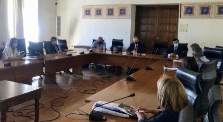 Συνάντηση Χαρακόπουλου με Πρύτανη ΕΚΠΑ: Συνεργασία ΔΣΟ με Πανεπιστήμιο Αθηνών για Ορθόδοξη Κληρονομιά και Διαθρησκειακό Διάλογο