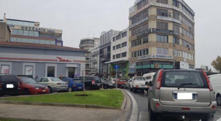 Κυκλοφοριακό κομφούζιο στο κέντρο του Βόλου λίγο πριν την καραντίνα [εικόνα]