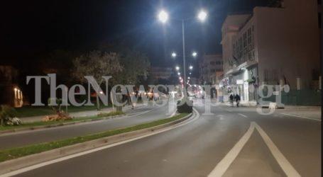 Βόλος: Έρημοι οι δρόμοι την πρώτη νύχτα του lockdown – Δείτε εικόνες