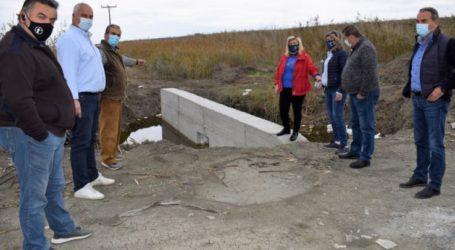 Συνεχίζονται οι εργασίες της κατασκευής των θυροφραγμάτων στην κοινότητα Νίκης του Δήμου Κιλελέρ