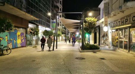 Γιατί θέριεψε ο κορωνοϊός σε Θεσσαλονίκη και Λάρισα