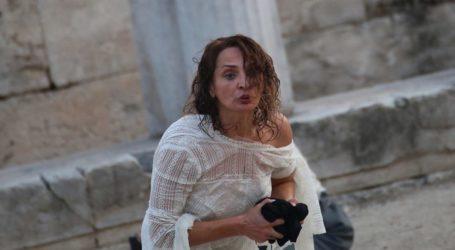 Η Λάρισα της Κωνσταντίνας Τάκαλου – Από την ερασιτεχνική σκηνή του Θεσσαλικού ως μαθήτρια γυμνασίου, στο Εθνικό Θέατρο