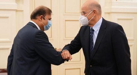 Συνάντηση Ν. Δένδια με τον πρέσβη του Πακιστάν