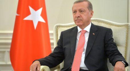 Έτοιμη για συνεργασία με όποιον κερδίσει τις προεδρικές εκλογές των ΗΠΑ δηλώνει η Τουρκία