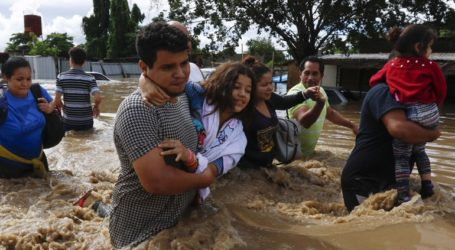 Τουλάχιστον 180 νεκροί ή αγνοούμενοι από τον κυκλώνα Ήτα