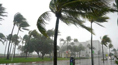 Έφτασε στη Φλόριντα η τροπική καταιγίδα Ήτα
