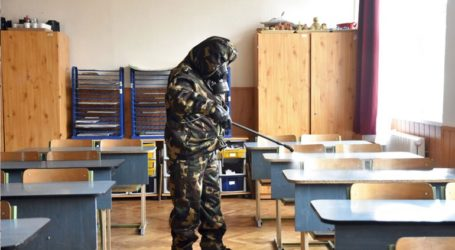 Ένωση δασκάλων στην Ουγγαρία καλεί τους γονείς να κρατήσουν τα παιδιά τους στο σπίτι