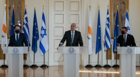 Τριμερής συνάντηση των υπουργών Άμυνας Κύπρου – Ελλάδας