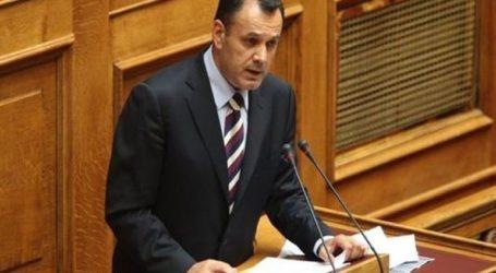 Σε προληπτική καραντίνα ο υπουργός Εθνικής Άμυνας λόγω κρούσματος στο περιβάλλον του