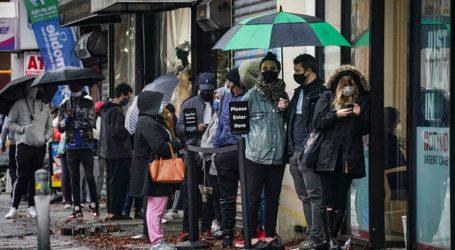 Η Ευρώπη ενισχύει τους περιορισμούς για να συγκρατήσει το δεύτερο κύμα του κορωνοϊού
