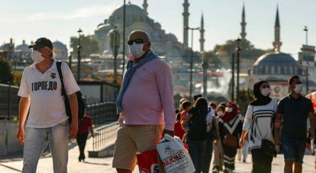 Ο δήμαρχος της Κωνσταντινούπολης ζητά lockdown για να τεθεί υπό έλεγχο το δεύτερο κύμα του Covid-19