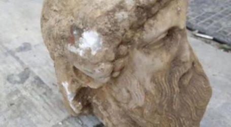 Κεφαλή αγάλματος βρέθηκε τυχαία κάτω από το έδαφος