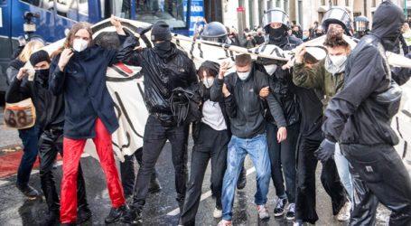 Διαδηλώσεις κατά της χρήσης μάσκας και των περιοριστικών μέτρων