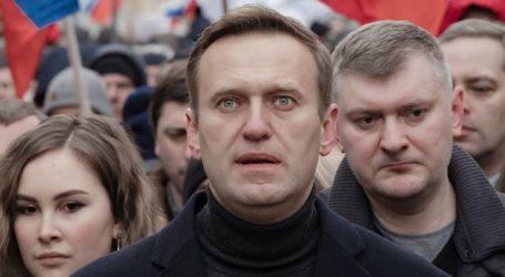 Ο Αλεξέι Ναβάλνι κατέθεσε αγωγή κατά του Ντμίτρι Πεσκόφ