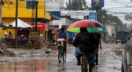 Ο κυκλώνας Γιώτα φθάνει απειλητικός στην Κεντρική Αμερική προκαλώντας καταστροφές