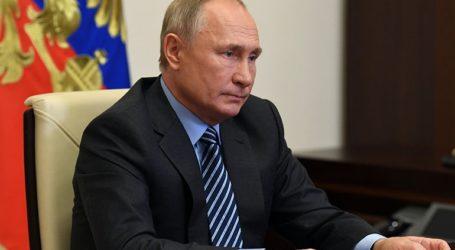 Η Ινδία και η Κίνα ενδέχεται να ξεκινήσουν την παραγωγή του ρωσικού εμβολίου Sputnik-V