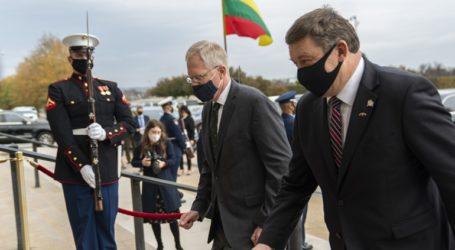 Θετικοί στον κορωνοϊό ο υπουργός Άμυνας της Λιθουανίας και ο υφυπουργός Άμυνας των ΗΠΑ