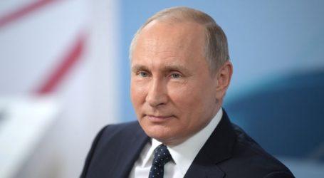 Ο Πούτιν δηλώνει έτοιμος να εργαστεί με οποιονδήποτε Αμερικανό ηγέτη