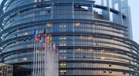 Συνομιλίες στις Βρυξέλλες μεταξύ της Ε.Ε. και των ΗΠΑ για την ανάταξη των διατλαντικών σχέσεων