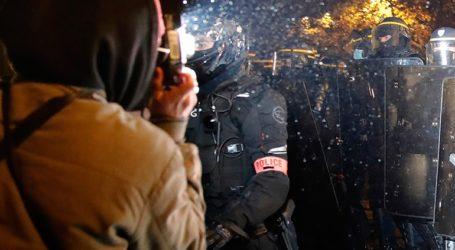 Η γαλλική κυβέρνηση θα συντάξει εκ νέου το νομοσχέδιο για τον περιορισμό της καταγραφής αστυνομικών